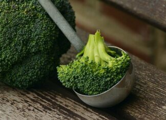 ile gotować brokuły