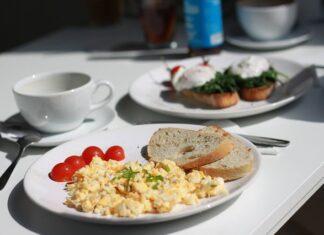 co jeść na śniadanie