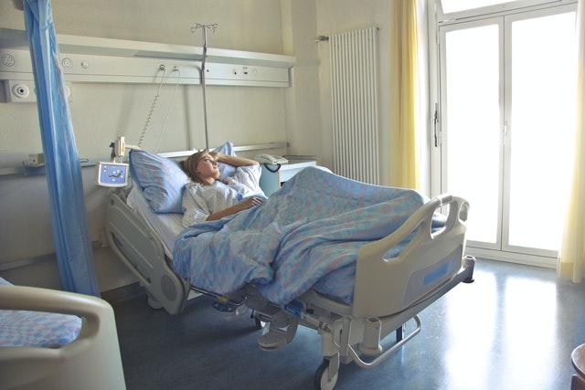 Pielęgnacja osoby chorej, leżącej