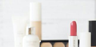 Dlaczego warto stosować gąbkę do makijażu